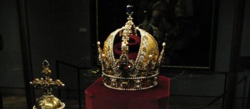 Las joyas de la realeza son emblemáticas y traspasan de generación en generación
