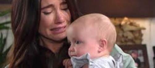 Beautiful, trame Usa: Steffy si separa da Phoebe e viene consolata da Ridge.