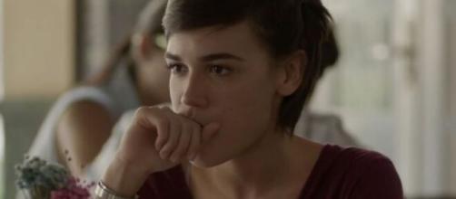 Leila se sentirá deixada de lado em 'Totalmente Demais'. (Reprodução/TV Globo)