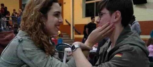 Namorada de Rafael Miguel faz música para superar a morte do ator. (Arquivo Blasting News)