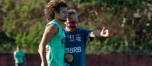 Torrent muda comportamento do time e 'cara de Jesus' sai do Flamengo. (Arquivo Blasting News)