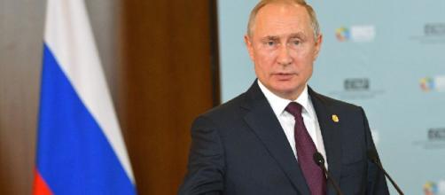 El presidente Vladimir Putin anunció la Sputnik V, como fue bautizada la vacuna que Rusia anunció contra el coronavirus.