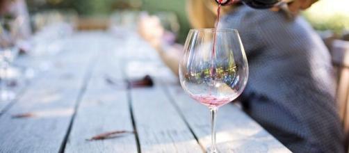 El vino puede reducir los daños en el coronavirus