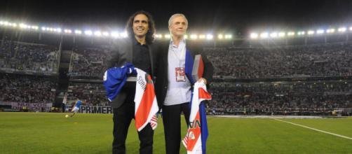 Sorín e Perfumo foram os argentinos que se destacaram no futebol brasileiro, ao defender o Cruzeiro. (Arquivo Blasting News)