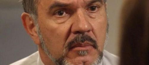 Germano acaba com Carol em 'Totalmente Demais'. (Reprodução/TV Globo)