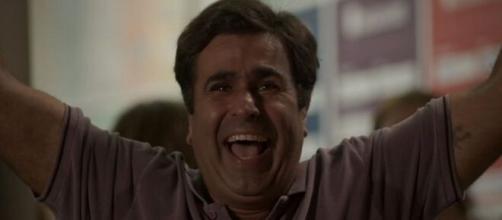 Hugo irá comemorar sorte em 'Totalmente Demais'. (Foto: Globo).