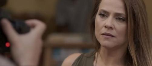 Lili ficará perturbada com possibilidade de Sofia estar viva em 'Totalmente Demais'. (Reprodução/TV Globo)