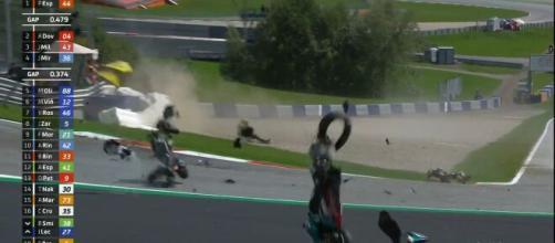 Pauroso incidente in Austria, Valentino Rossi sfiorato.