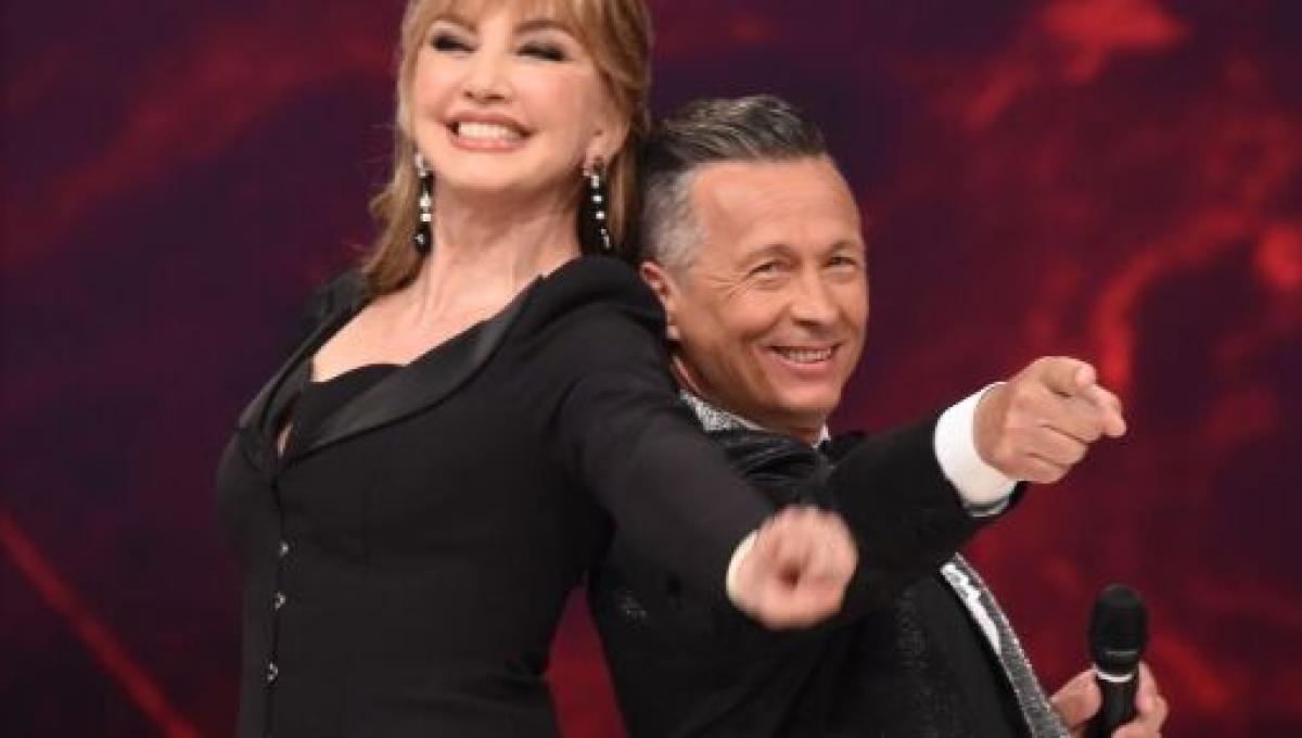 Ballando Con Le Stelle Alessandra Mussolini Contesa Tra Due Maestri Fonts E Di Pasquale