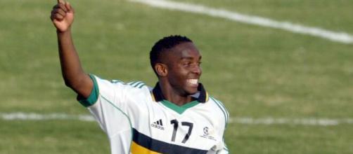Benni McCarthy é considerado um dos melhores futebolistas sul-africano. (Arquivo Blasting News)