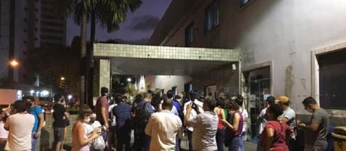 Cristãos se reunem no hospital onde a menina está internada. (Arquivo Blasting News)
