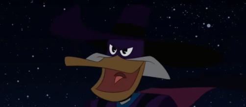 Darkwing Duck will return to the 'Ducktales' spotlight on season 3 episode 'Let's Get Dangerous!' [Source: Rotten Tomatoes YouTube page]