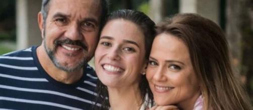 Lili e Germano serão passados para trás pela filha em 'Totalmente Demais'. (Reprodução/TV Globo)