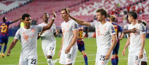 O Bayern de Munique não tomou conhecimento do Barcelona e aplicou 8 a 2 nos catalães. (Arquivo Blasting News)