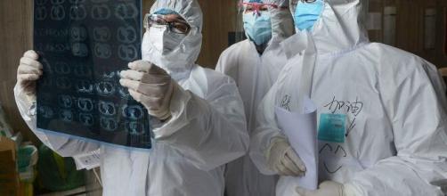 Un estudio da con el perfil de los contagiados por el coronavirus