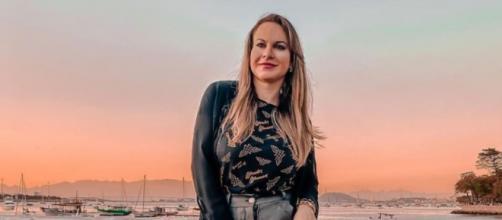 Ex-produtora Bárbara Aires pede emprego na web. (Reprodução/Instagram)