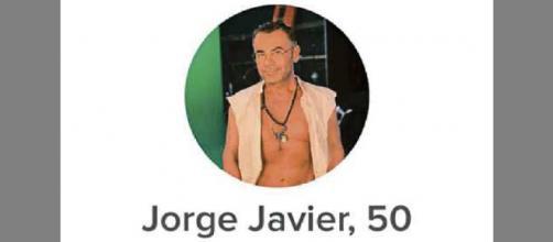 La imagen de perfil de Jorge Javier Vázquez en la red social Tinder.
