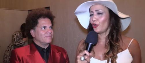 Programa traz à tona entrevista de Romero Britto. (Reprodução/YouTube)