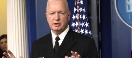 Almirante Brett Giroir fala sobre cloroquina. (Arquivo Blasting News)