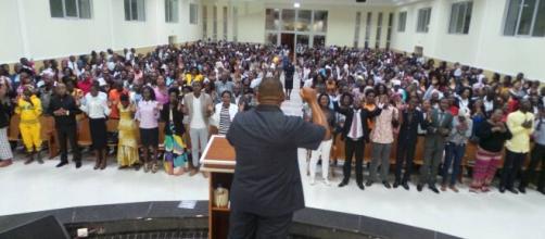 Angola retoma controle da igreja Universal. (Divulgação/IURD)