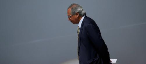 Brasil não aguenta muito tempo de auxílio emergencial, afirma Guedes. (Arquivo Blasting News)