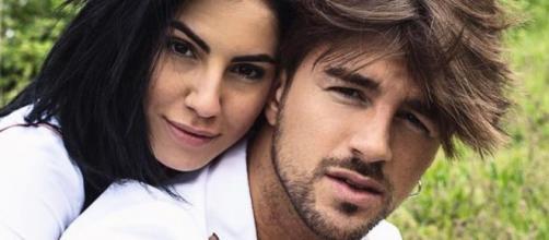 Giulia De Lellis e Damante ancora vicini su Instagram: lei lo cita, lui le mette like a una foto.