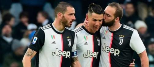Juventus-Lione, probabili formazioni: spazio a Bernardeschi-Higuain-Ronaldo.