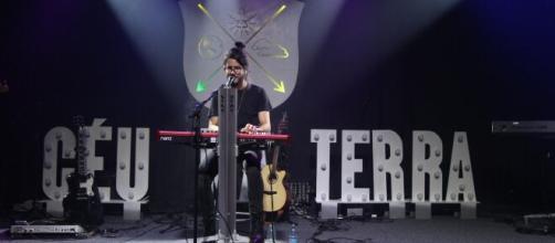 Gabriel Guedes participará de show. (Reprodução/YouTube)