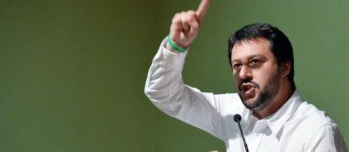 Pensioni, Matteo Salvini: 'Barricate se tornano alla legge Fornero'.