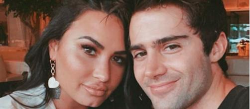 Max Ehrich souhaite l'anniversaire de Demi Lovato avec une déclaration d'amour. Credit: maxehrich