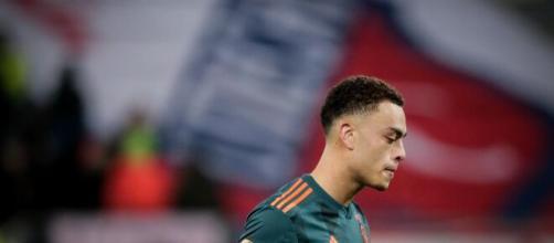 Sergino Dest, terzino destro dell'Ajax, piace molto alla Juventus.