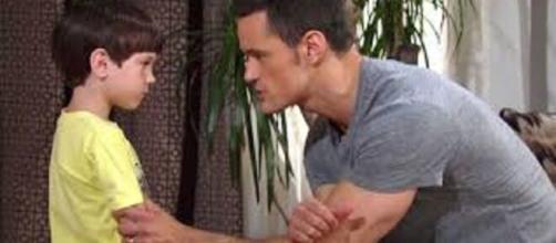 Beautiful, anticipazioni Usa: Thomas intima a Douglas di mantenere il segreto su Beth.