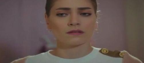 Daydreamer, trama 24 agosto: Layla aiuta Emre agendo contro sua sorella.