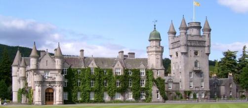 Castillo de Balmoral donde los reyes de Inglaterra estan de vacaciones de verano