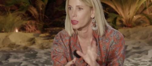 Temptation Island Nip, Carlotta e Nello nel cast, lei: 'O ci sposiamo o ci lasciamo'.