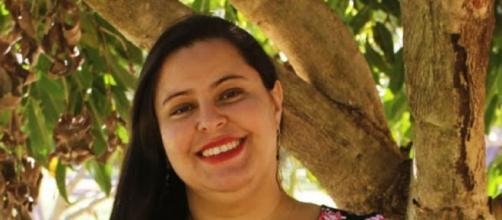 A professora Camila Graciano, 31, morreu vítima da covid-19. (Arquivo pessoal)
