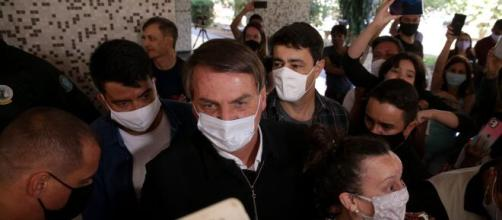Bolsonaro promove nova aglomeração em meio à pandemia. (Arquivo Blasting News)