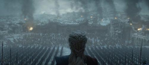 Cena do episódio final, com o resultado do Jogo dos Tronos, em 'Game Of Thrones'. (Divulgação/HBO)