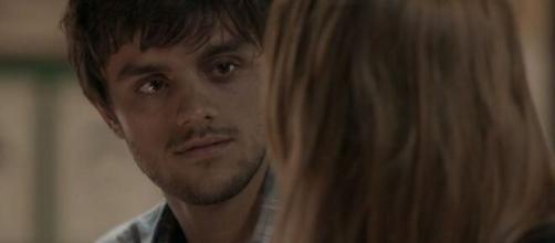 Jonatas ainda é apaixonado por Eliza em 'Totalmente Demais'. (Reprodução/ TV Globo).