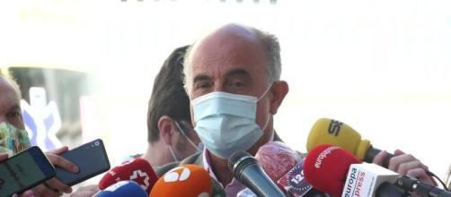 """Madrid recomienda """"quedarse en casa"""" ante el avance del coronavirus"""