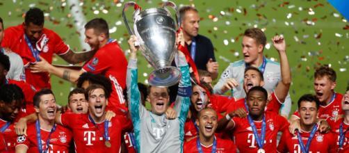 Neuer como capitán fue el que levantó la Champions. - standard.co.uk
