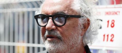 Flavio Briatore è positivo al coronavirus: l'imprenditore sarebbe ricoverato a Milano.