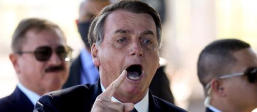 Legenda falsa tenta justificar a atitude de Bolsonaro. (Arquivo Blasting News)