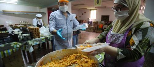 El comedor popular fue abierto para ayudar a las personas necesitadas durante la pandemia del Covid-19.