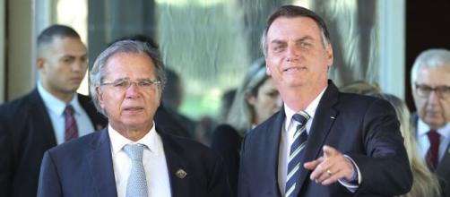 Equipe econômica afirma que irá acatar as críticas de Bolsonaro para ajustar Renda Brasil. (Arquivo Blasting News)