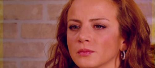 Jerônimo pede Renata em casamento. (Reprodução/Televisa)