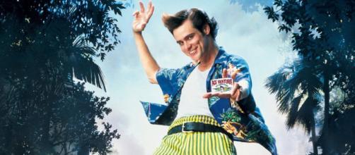 O ator Jim Carrey protagonizou os dois filmes da franquia 'Ace Ventura' nos anos 90. (Reprodução/YouTube)