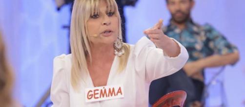 Uomini e Donne, Gemma si sarebbe fidanzata: 'Appuntamento importante, mantengo un segreto'.
