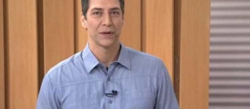 Lacombe acusa Globo de tentar derrubar Bolsonaro e declara: 'omite o bom e inventa o ruim'. (Arquivo Blasting News)