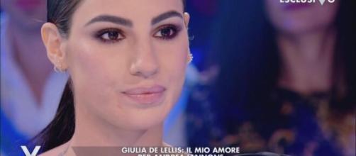 Giulia De Lellis, è rottura con il 'Dama': l'influencer vive in una casa nuova.